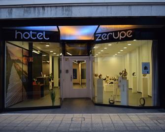 Hotel Zerupe - Zarauz - Building