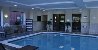 Hampton Inn & Suites Norfolk-Airport - נורפולק - בריכה