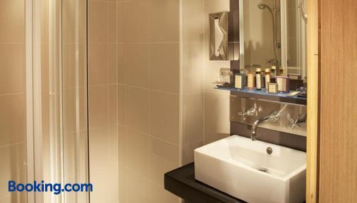 Hotel Villathena - Paris - Bathroom