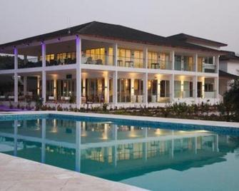 The Place Resort - Freetown - Building