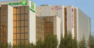 Holiday Inn Kuwait Al Thuraya City - คูเวตซิตี