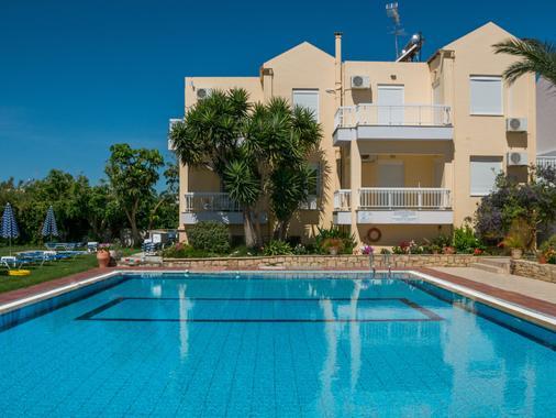 Evelin Hotel - Réthymno Town - Bể bơi