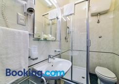 Hotel Bella Firenze - Florence - Bathroom