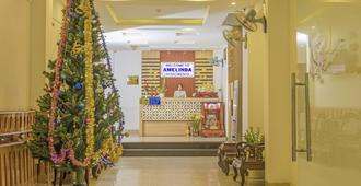 Amelinda Hotel - Nha Trang - Receptionist