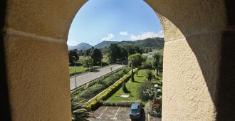 Posada Medieval El Manjon - Los Corrales de Buelna - Vista del exterior