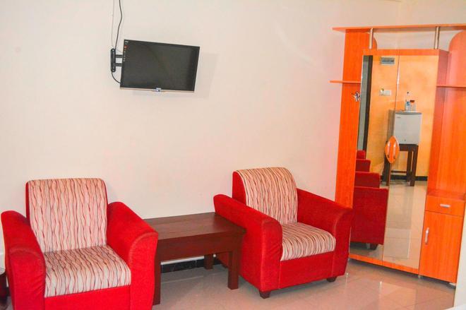 Saasha City Hotel - Colombo - Living room