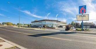 Motel 6 Moses Lake - Moses Lake - Building