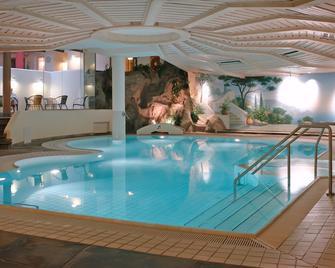 Villa Huxori - Höxter - Pool