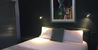 Hotel De La Paix - Lille - Habitación