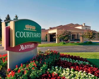 Courtyard by Marriott Chicago Waukegan/Gurnee - Уокиган - Здание
