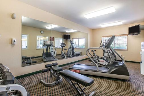 Quality Inn & Suites - Loveland - Gym