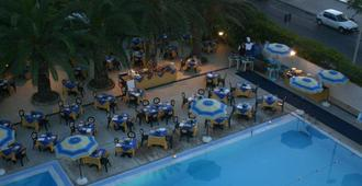 Hotel Tourist - Cefalù - Pool