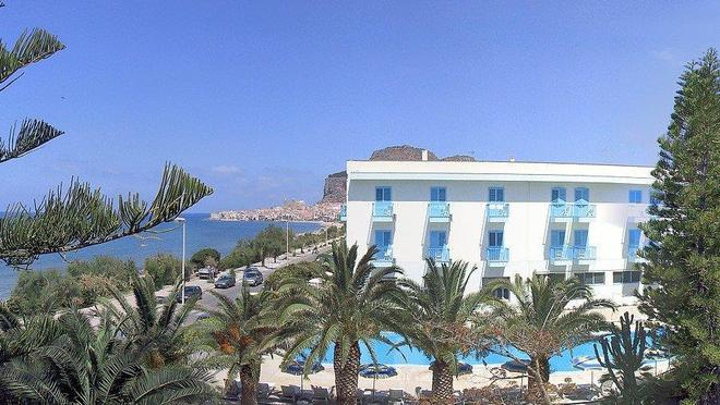 Hotel Tourist - Cefalù - Κτίριο