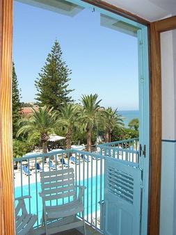 Hotel Tourist - Cefalù - Balcony