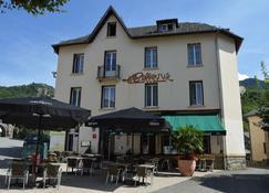 Hotel Restaurant Le Bellevue - Ax-Les-Thermes - Building