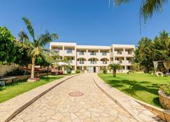 Remezzo Apartments & Studios - Zakynthos - Building
