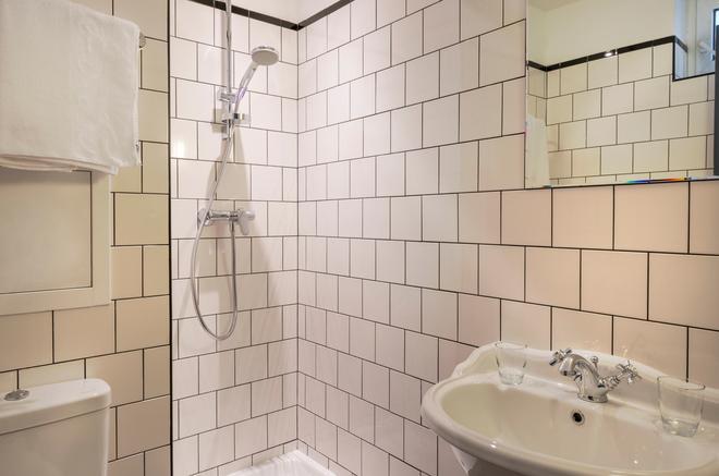 Hôtel Basss - París - Baño