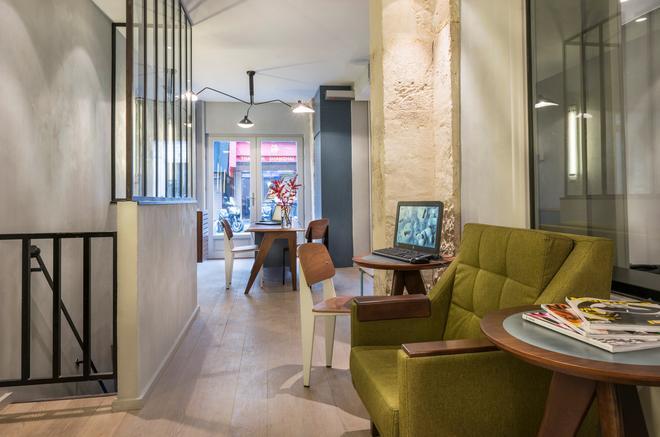 Hôtel Basss - París - Recepción