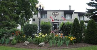 The Inn at Lock Seven - Thorold