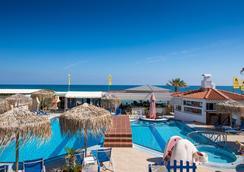 Aeolos Beach - Mália - Pool