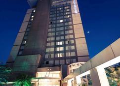 Mercure Campinas Hotel - Campinas - Edifício