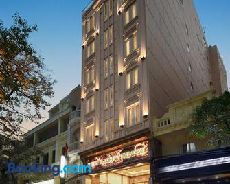 The Light Hotel - Hanoi - Building