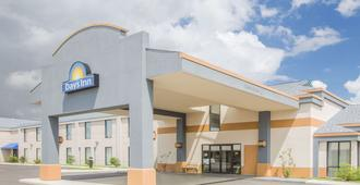 Days Inn by Wyndham Hattiesburg MS - Hattiesburg