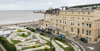 The Sandringham Hotel - Weston-super-Mare - Building