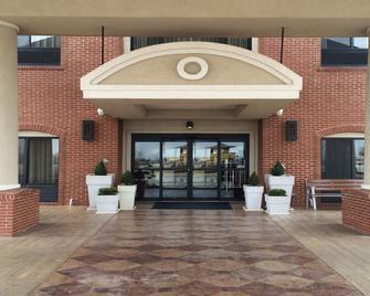 Holiday Inn Express & Suites Oklahoma City West-Yukon - Yukon - Gebouw