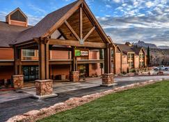 Holiday Inn Express Springdale - Zion National Park Area, An Ihg Hotel - Springdale - Building
