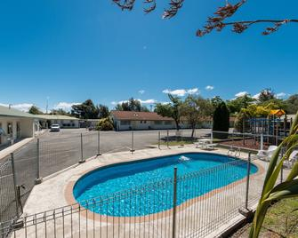 Blenheim Top 10 Holiday Park - Blenheim - Pool