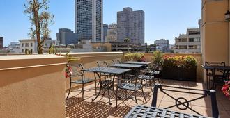 Orchard Garden Hotel - סן פרנסיסקו - מרפסת