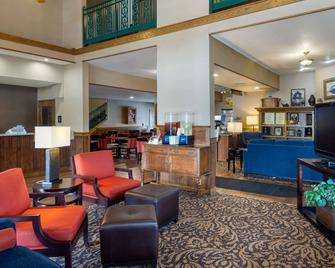 Comfort Inn Marshall Station - Marshall - Salónek