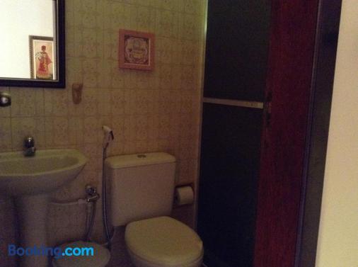 Rey Das Ostras Pousada - Rio das Ostras - Bathroom