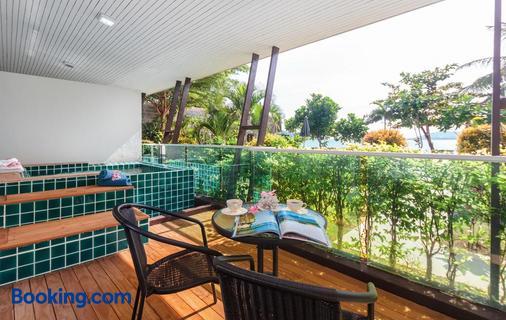 Davina Beach Homes - Wichit - Balcony