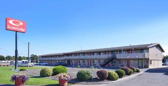 Econo Lodge - Kennewick - Gebäude