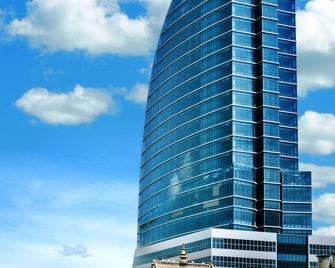 Blue Sky Hotel & Tower - Ulaanbaatar - Gebäude