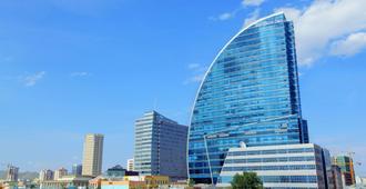 Blue Sky Hotel & Tower - Ulaanbaatar - Toà nhà