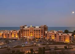 Safir Fintas Kuwait Hotel - Al Finţās - Edificio
