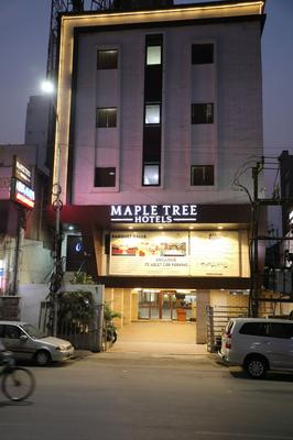 Maple Tree Hotels - Chennai - Building