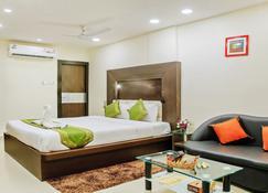 Treebo Trend Citi Inn - Patna - Bedroom