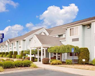 Microtel Inn & Suites by Wyndham Wellsville - Wellsville - Gebouw