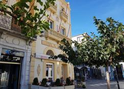Hotel La Residencia - Cadaques - Building