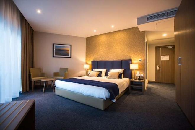 The Waterfront Hotel - Sliema - Makuuhuone
