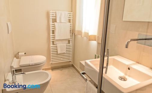 Hotel Radice - Civitanova Marche - Bathroom