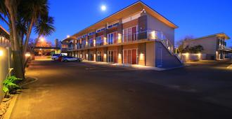 Fitzherbert Regency Motor Lodge - Palmerston North - Κτίριο