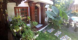 The Lotus Garden - Puerto Viejo de Talamanca - Vista del exterior