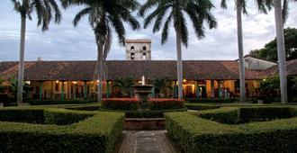 Hotel El Convento - León - Edificio