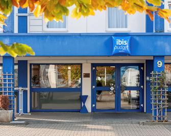 Ibis budget Düren West - Düren - Building