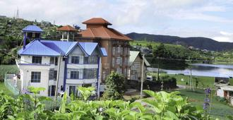 Yoho Pello Lake Resort - Nuwara Eliya - Edificio